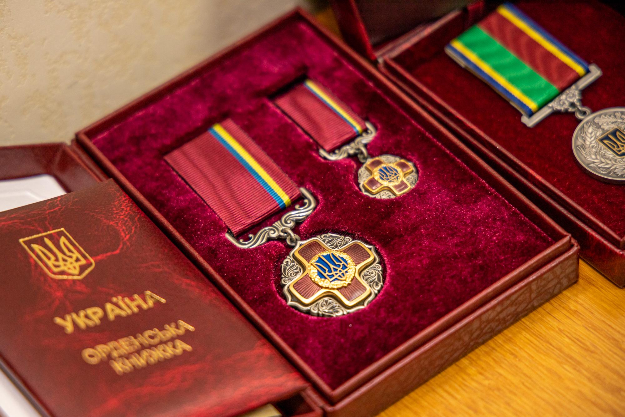 Ще трьом жителям області вручили державні ордени «За заслуги» ІІ та ІІІ ступенів