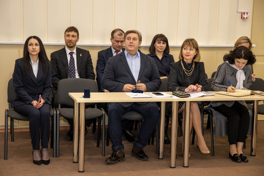 ..завершення процесу автономізації декількох основних лікарень регіону