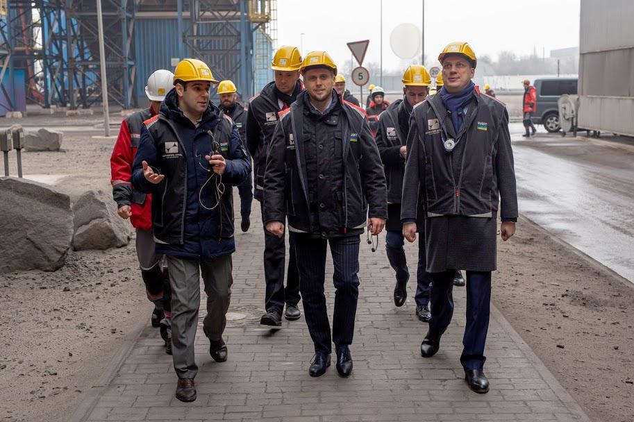 Очільник області Олександр Бондаренко відвідав заводи компанії «Інтерпайп»