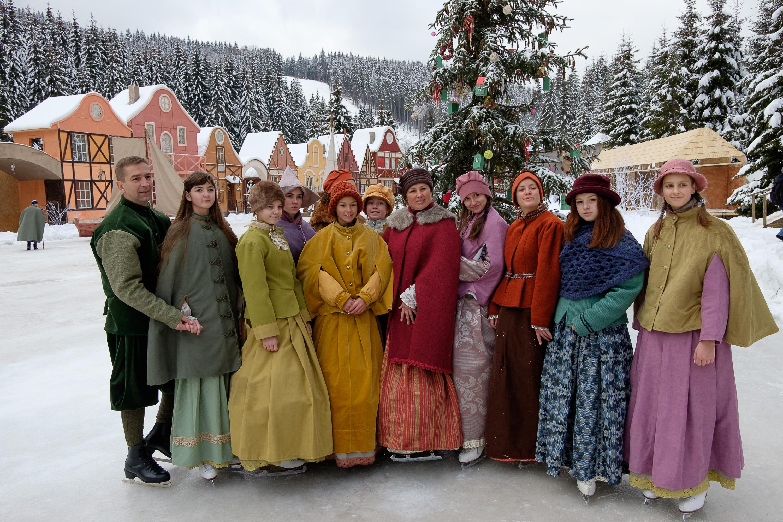 Серед акторів – дніпровський балет на льоду «Айсберг»