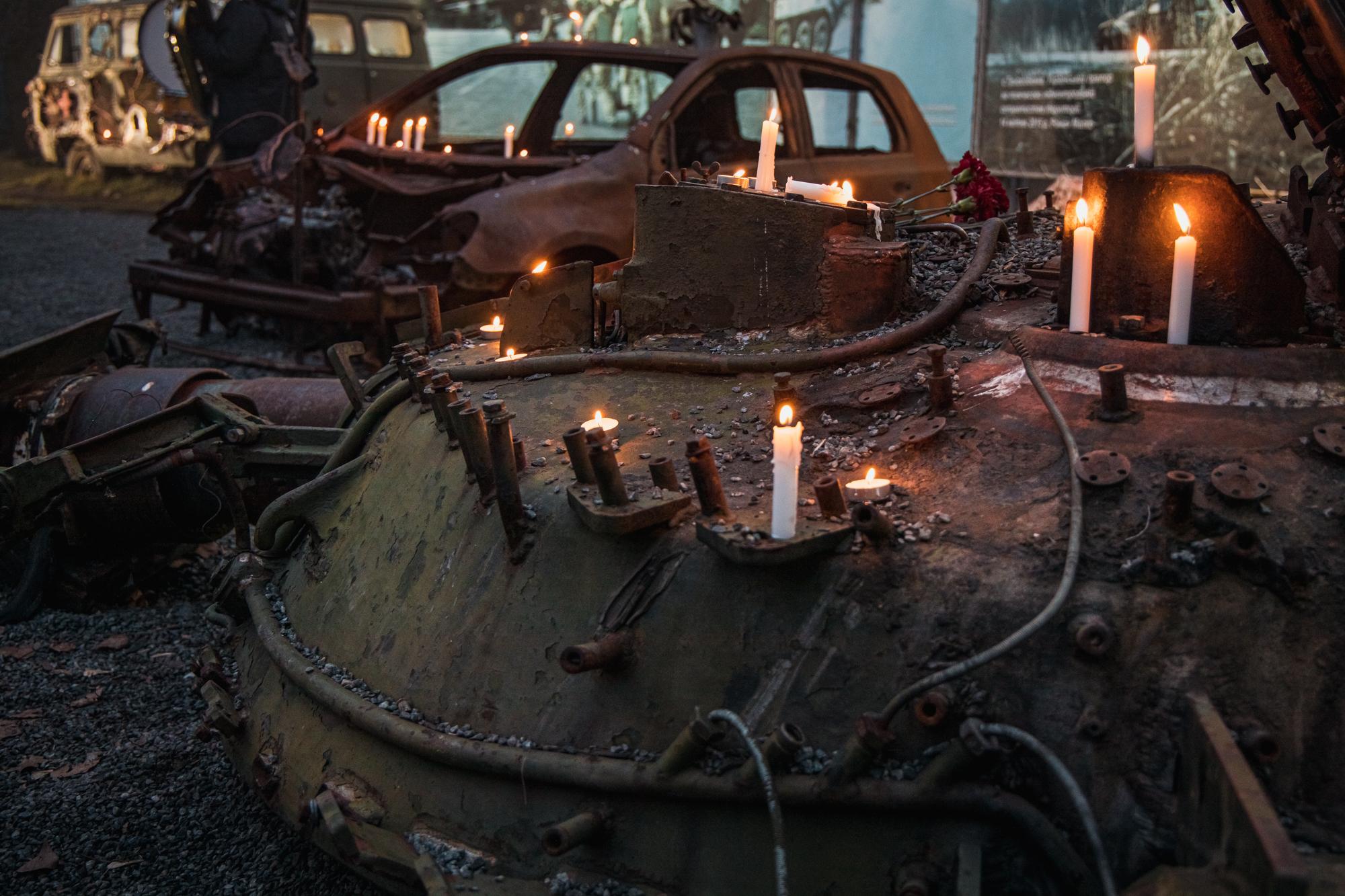 Свічки запалили на і на техніці, яка є експонатами музею