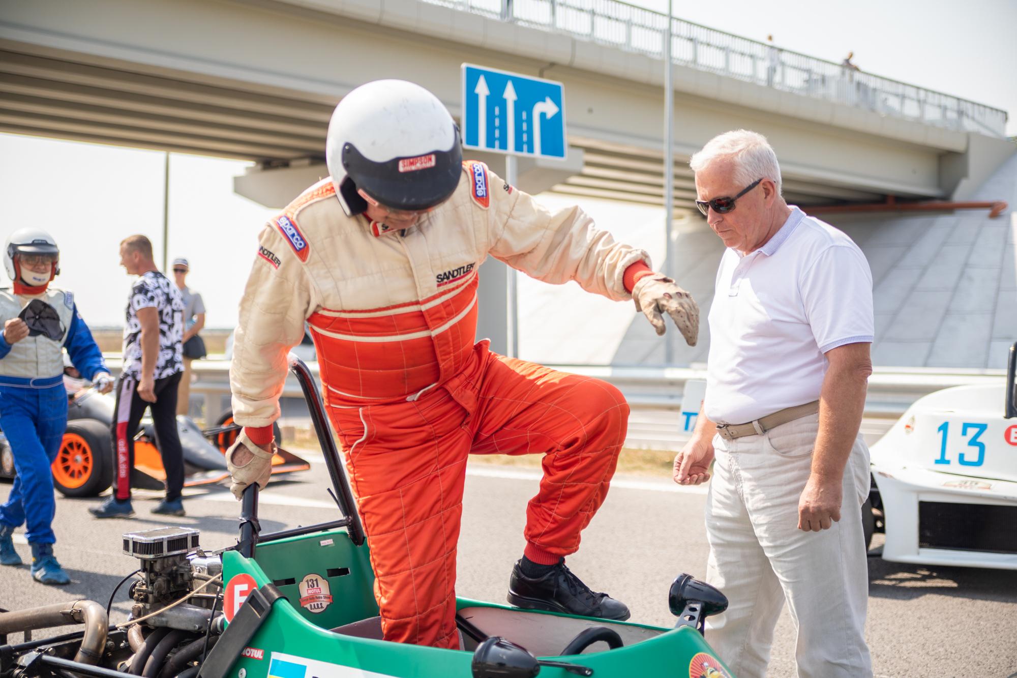 ..та 5 легендарних гонщиків