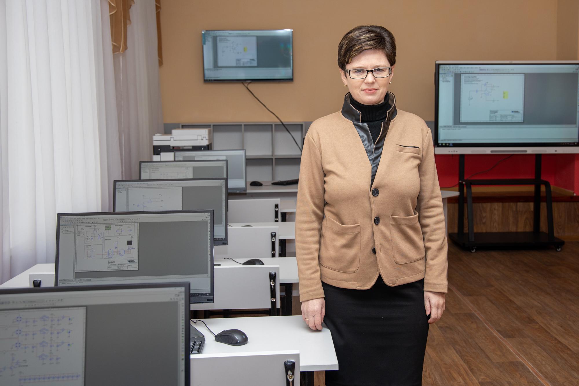 «Центр такого рівня – перший у Кривому Розі. Це новий крок у професійно-технічній освіті», – заступниця директора Криворізького гірничо-технологічного ліцею Тетяна Стойчик.