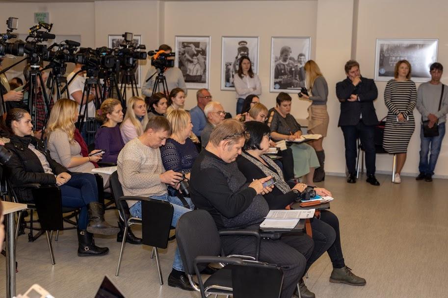 Про нововведення в системі охорони здоров'я говорили на прес-конференції у Дніпрі