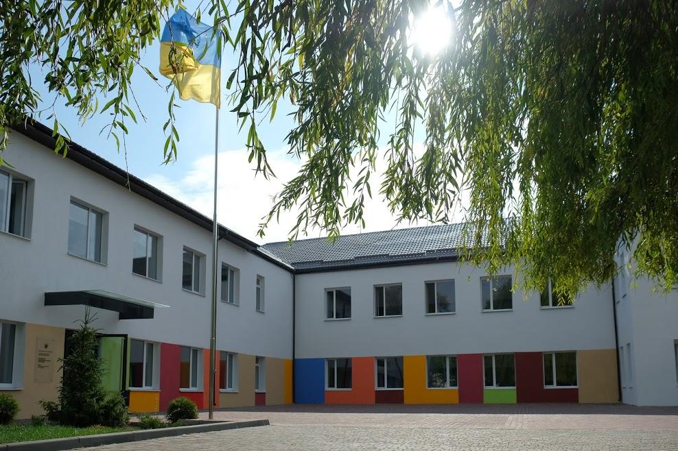 Реконструированная Петриковская школа – современная и комфортная