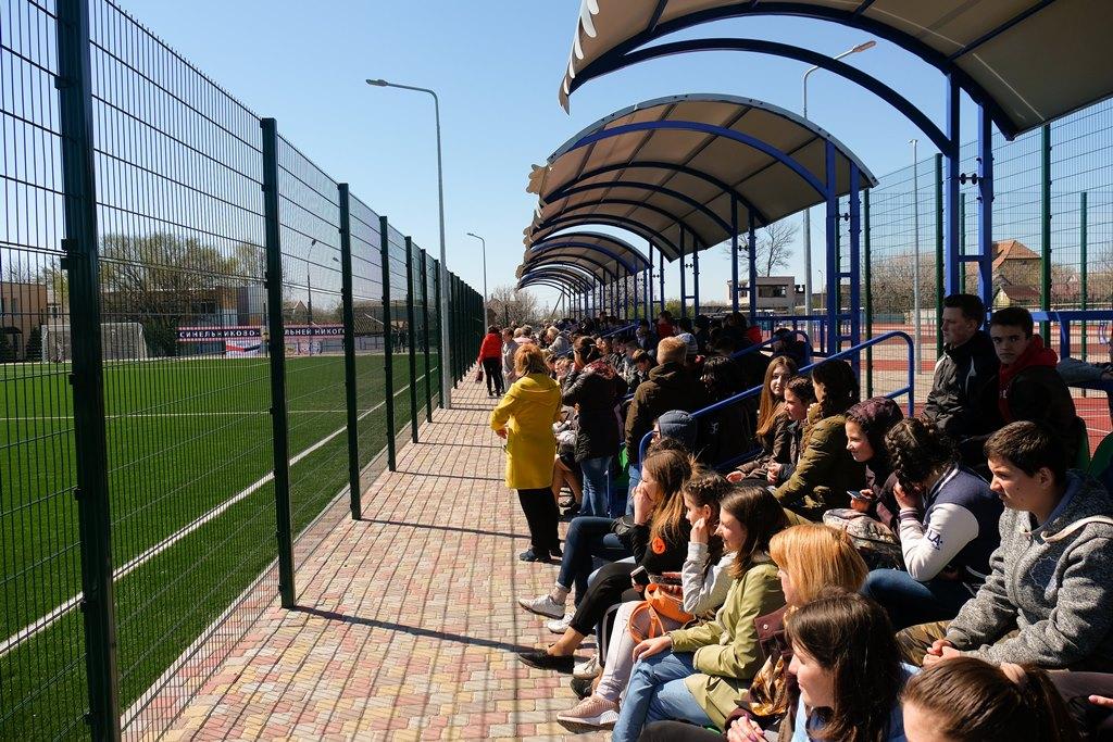 На новій спортивній базі – трибуна для майже 200 вболівальників