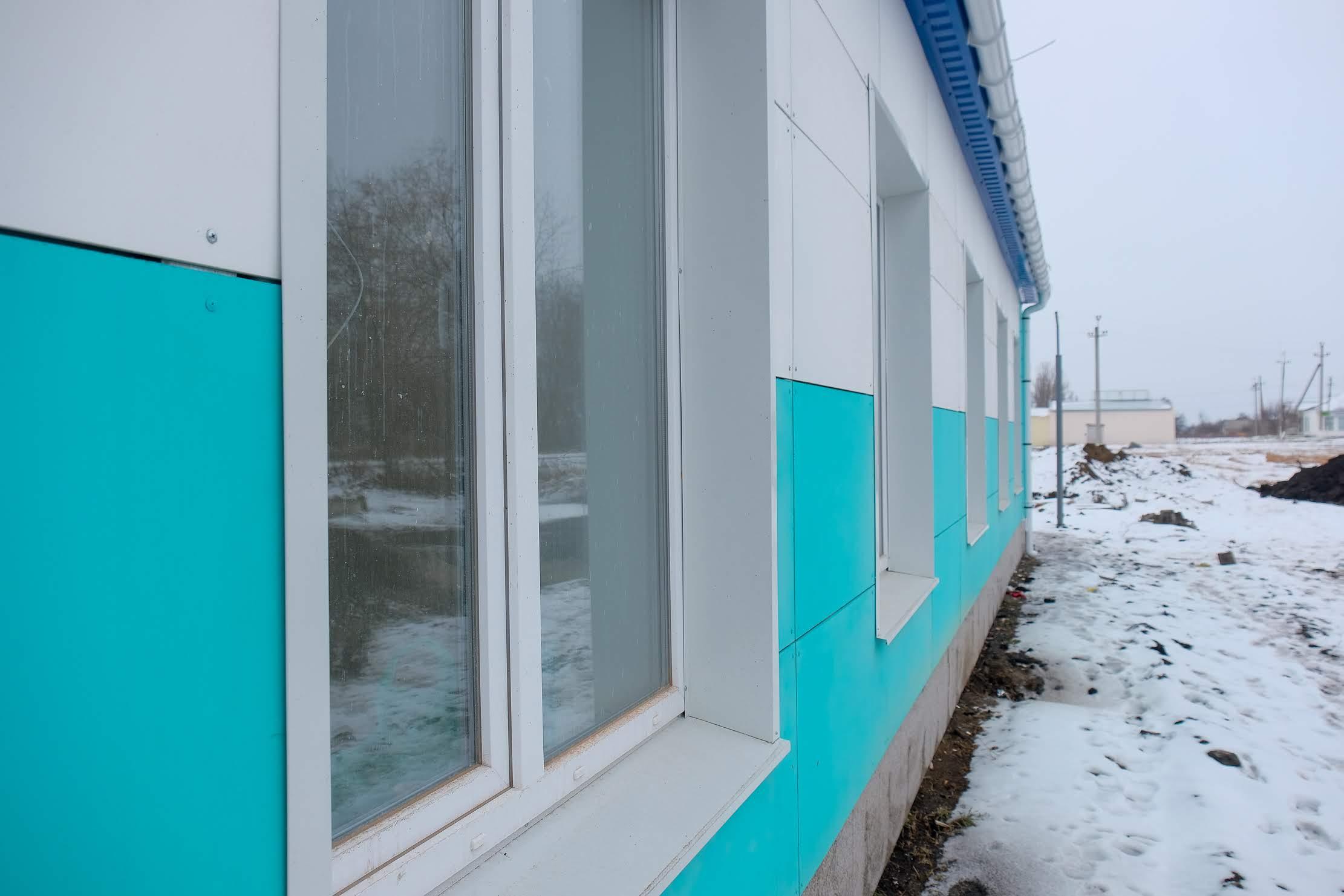 Яскравий термомодернізований фасад…