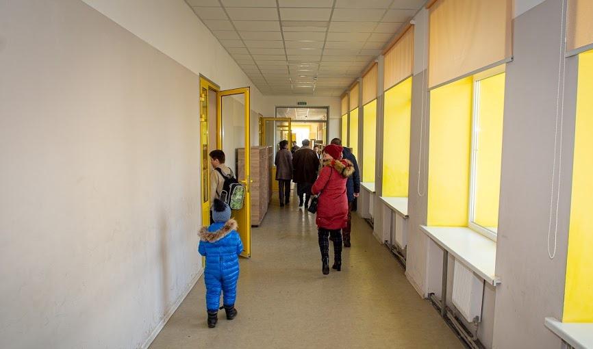 Осучаснили коридори на 2-му та 3-му поверхах,..