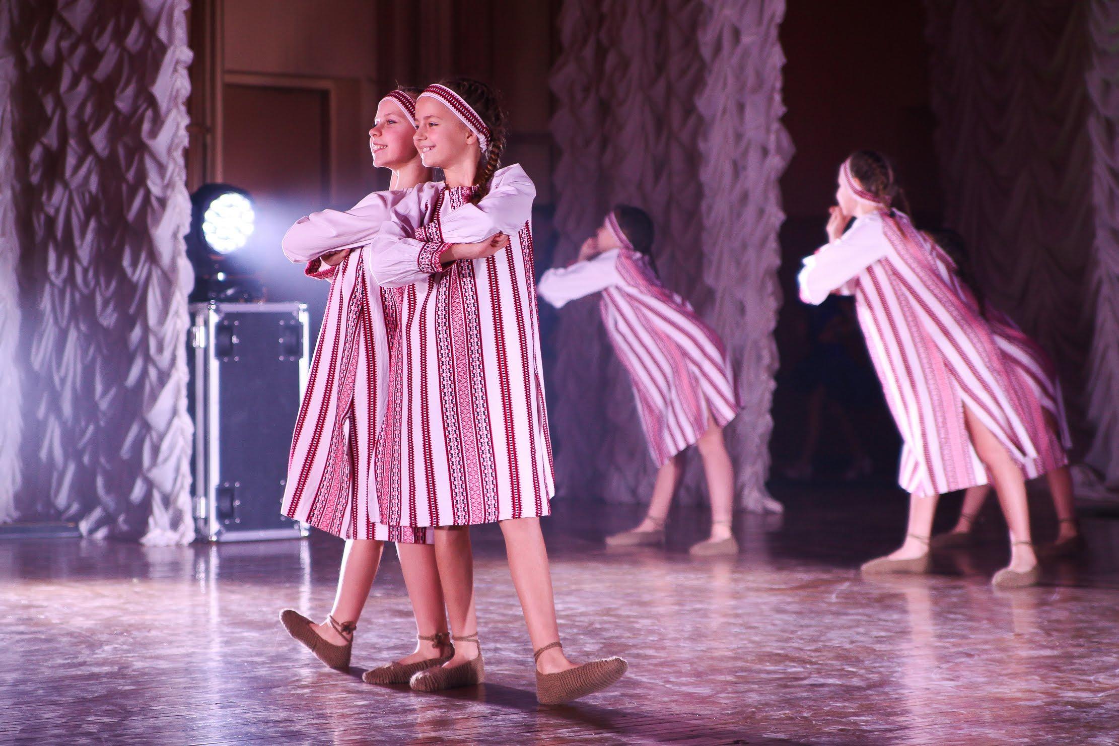 …танцюристи