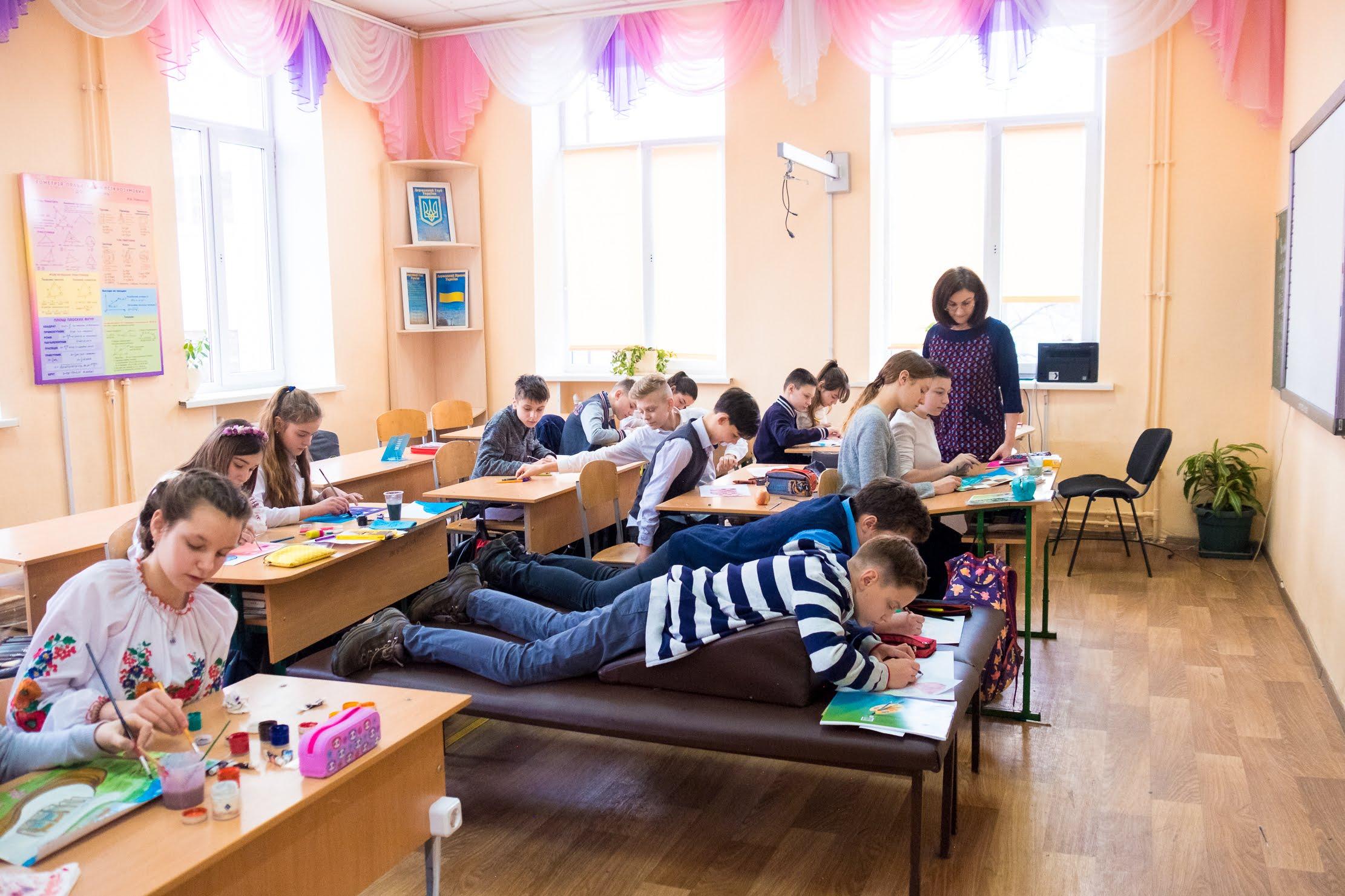 У школі-інтернаті №3 – 425 дітей
