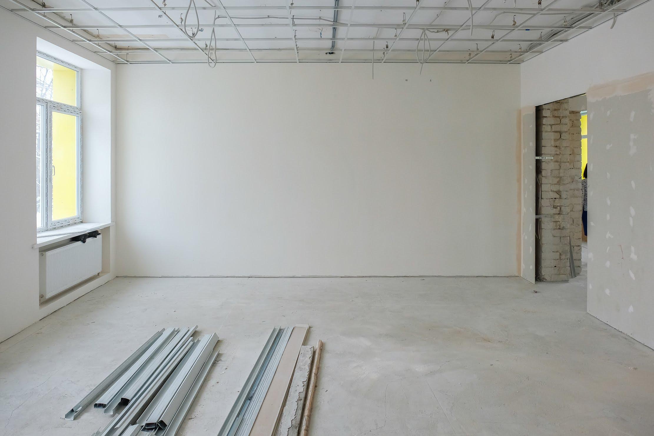 Стіни обшивають гіпсокартоном