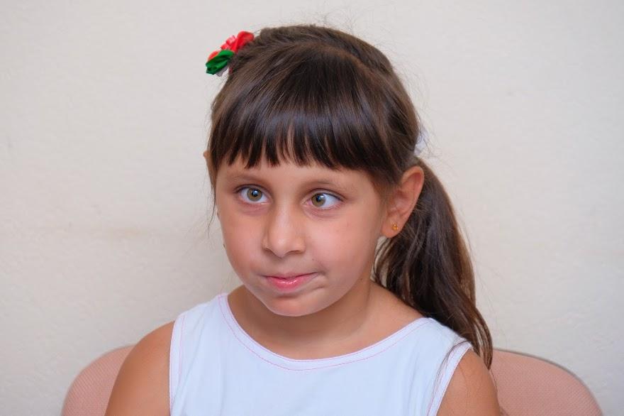 «Я люблю грати на піаніно, плести з бісеру, друкувати на комп'ютері і Брайлівській машинці. Мені подобається ходити до школи. Коли відкриють нову медіатеку, буде дуже класно!», – поділилась 10-річна Марічка Токар