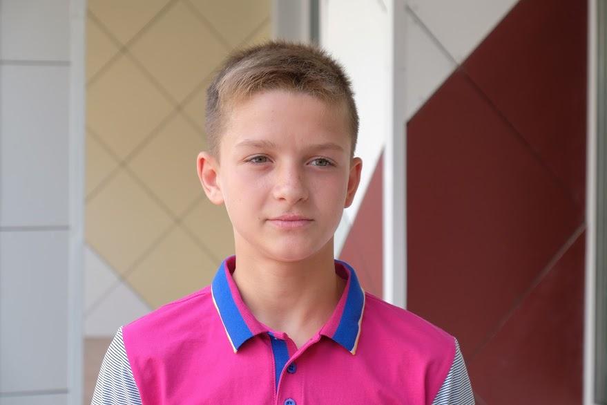 Владислав Гончар: «Кожної зими у нашій школі було дуже холодно й ми вдягалися тепліше. Батьки навіть не хотіли пускати на заняття. А зараз заклад стає яскравим і теплим»