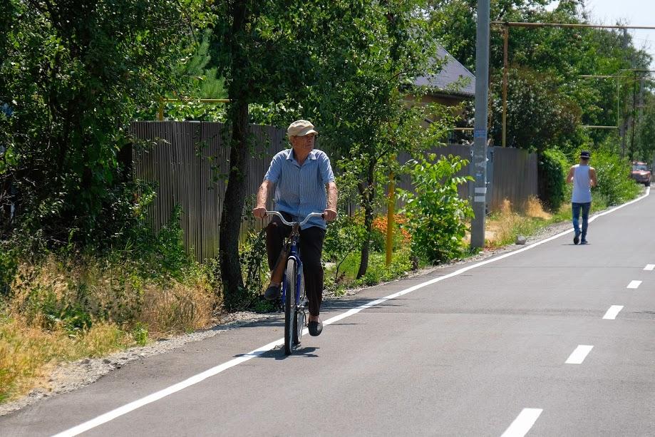 ..велосипедистів,..