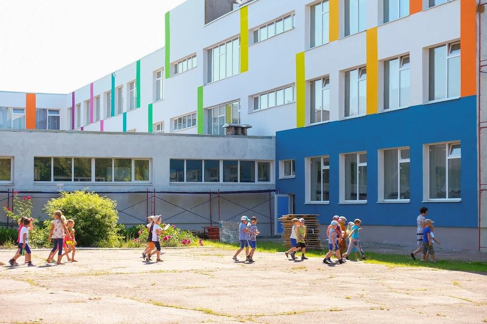 У школі працює літній табір