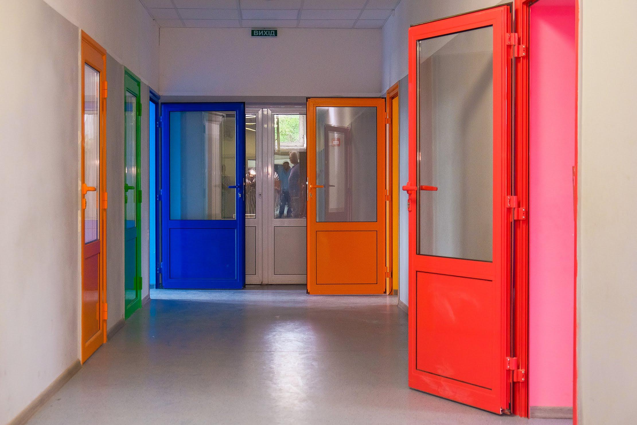 Осучаснили коридори…