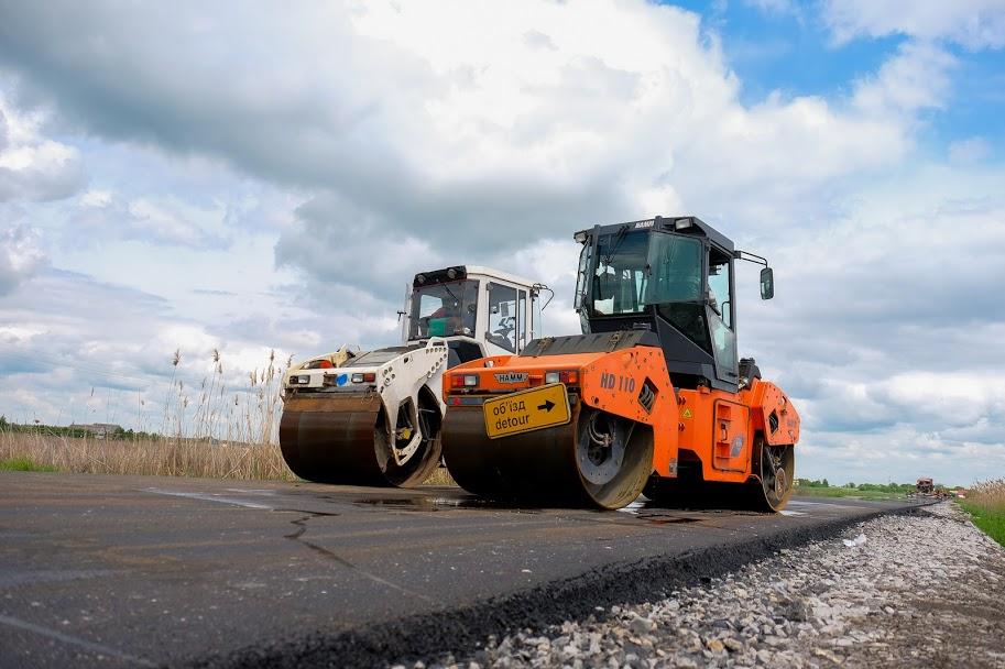 Дніпропетровська ОДА капітально ремонтує дорогу Вільне-Гвардійське у Новомосковському районі
