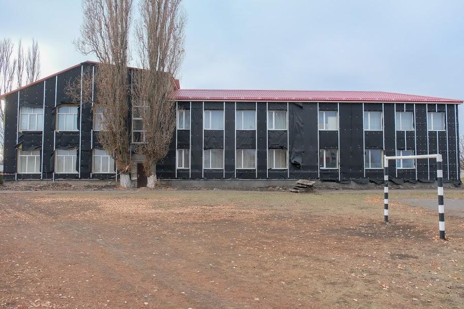 Згодом реконструюють і шкільний стадіон